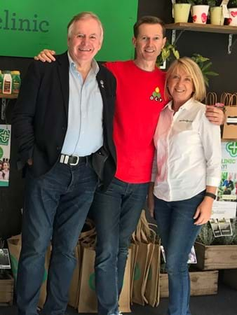 Steve Falcioni catching up Graham Ross and Annette Marsh from The Garden Clinic